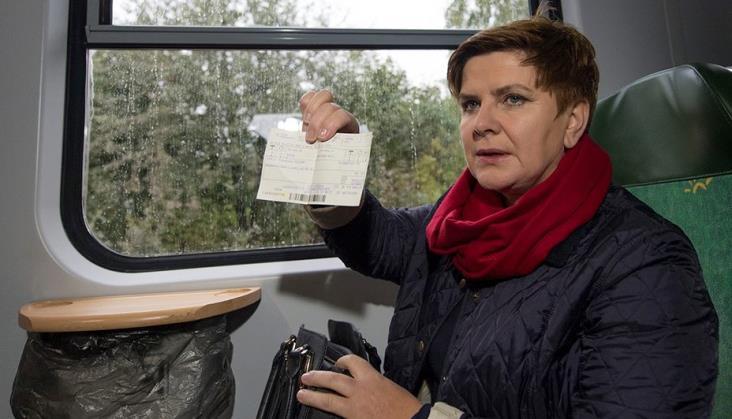 Beata Szydło skrytykowała modernizację linii radomskiej