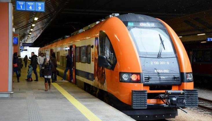 Odgrudnia 39 par pociągów Kolei Małopolskich nalotnisko Balice