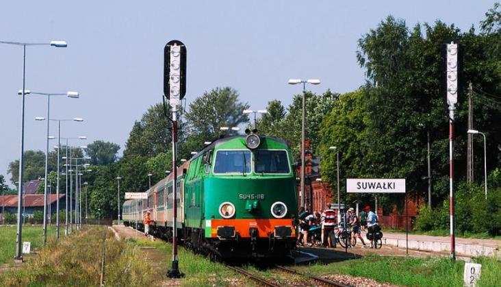 PKP Intercity chce kupić 10 lokomotyw spalinowych. Pojadą w Bieszczady?