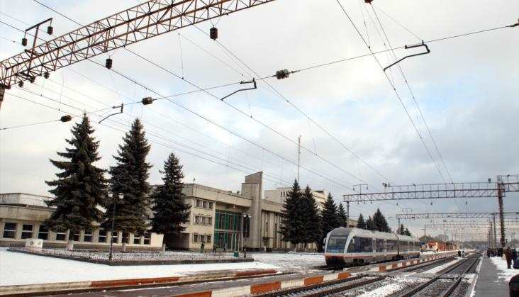 Ukraina: Odwołują pociągi skrócone zKrymu