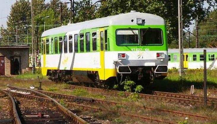 Koleje Mazowieckie przedłużyły wynajem szynobusów VT627 i VT628