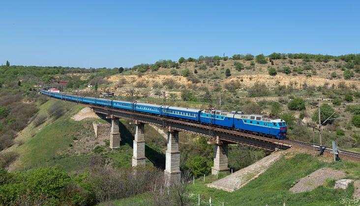 Krym traci kolejowe połączenia z Ukrainą