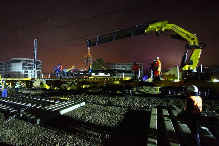 Nowy rozjazd na łącznicy Krzemionki – Zabłocie zamontowany w 275 minut