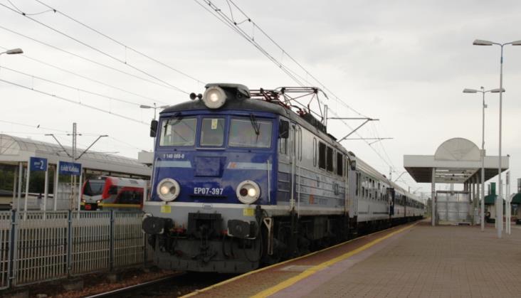 MIB: Obejmiemy dotacją pociągi Łódź – Warszawa