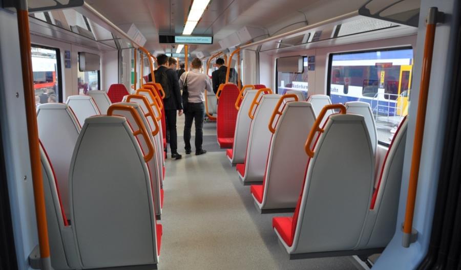 Siemens pokazuje ezt Class 707 dla South West Trains (zdjęcia)