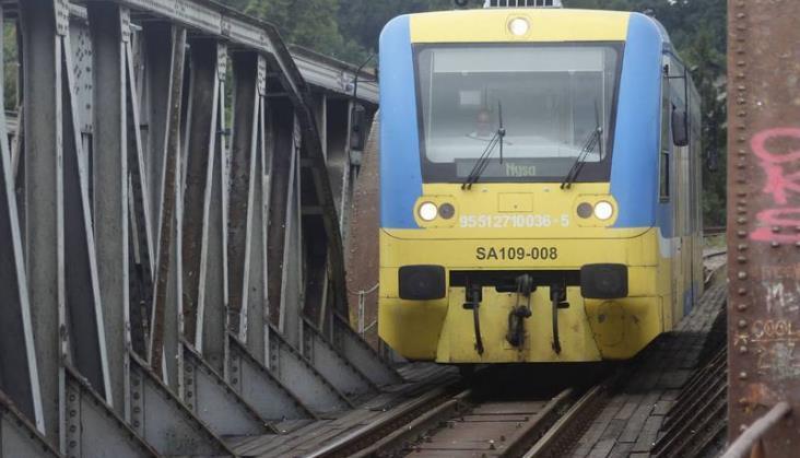 Pociągi z Nysy do Brzegu wyjadą miesiąc przed terminem