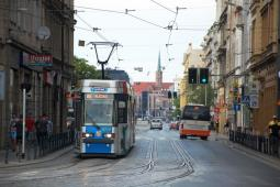 """Wrocław bez 100% niskiej podłogi. """"Jak najwięcej tramwajów w krótkim czasie"""""""